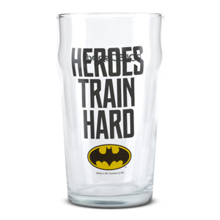 Staklena čaša, Batman – Heroes Train Hard