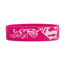 DC Supergirl, motivacijska zapestnica