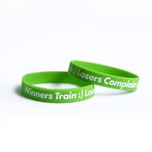 Narukvica motivacijska, Winners Train:) Losers Complain:(